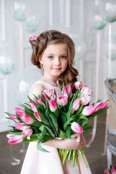 Cute Baby Girl, Baby Love, Cute Babies, Baby Girls, Girls With Flowers, Flowers For You, Cute Toddlers, Cute Kids, Cool Haircuts For Girls