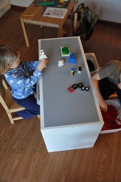 That Crafty Juls: Our New LEGO Table!