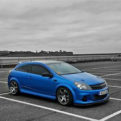 Submitted by @vxr_rich  #vauxhall#corsa#astra#vxr#car#racing#corsavxr#astravxr#brembo#nurburgring#sportscar#opel#recaro#alloy#exotic#instadaily#instacar#2015#tuned#turbo#fast#instacool#arden#blue#sport#vxruk Volvo S40, High Performance Cars, Audi Rs6, Car Tuning, Modified Cars, Go Kart, Car Car, Hot Cars, Cars And Motorcycles
