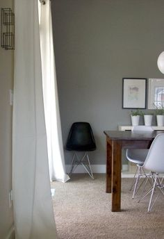 Grey wall. I'm doing our bedroom this color.