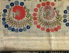 'makrama'' (napkin).  Turkish, 18th century. Embroidery with silk and metal thread on linen.  This a 'two-sided embroidery' (front and rear are identical).