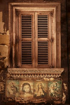 Window in Valletta, Malta. Close to Vallettahouse.com