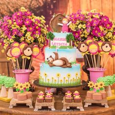 2nd Birthday Party Themes, Summer Birthday, First Birthday Parties, 3rd Birthday, First Birthdays, Masha Et Mishka, Masha And The Bear, Bear Party, Bear Cakes