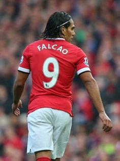 Falcao. No9 Manchester United, Manchester City, Cr7 Messi, Neymar Jr, Football Soccer, Football Players, Ronaldo 9, Football Pictures, Fa Cup