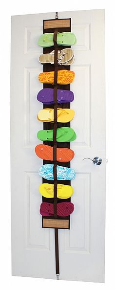 Sandal Rack with Bamboo Accents for all my flip flops! Flip Flop Organizer, Flip Flop Storage, Ideas Para Organizar, Closet Organization, Organisation Ideas, Craft Organization, Organizing Ideas, Getting Organized, Just In Case