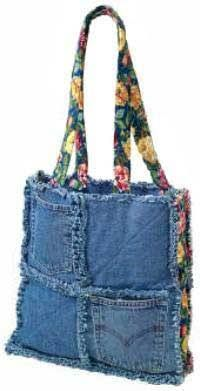 Denim Chic Bag Pattern - Wholesale Purse Patterns, Purse Patterns at wholesale prices for quilting shops, craft stores, and fabric shops. Patchwork Bags, Quilted Bag, Bag Quilt, Sacs Tote Bags, Denim Purse, Denim Crafts, Jean Crafts, Recycle Jeans, Old Jeans
