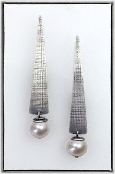 Elaine Rader Jewelry Galleries Lovely and simple lines.