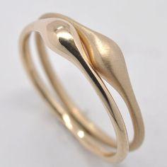 Wave stacking ring  18k gold by Onestonenewyork