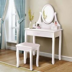 If you are looking forward to owning a wonderful dressing table set. Come and have a look at our glamorous dressing table set! It can be a fine display of your room. This dressing table set includes a mirrored dressing table with Makeup Dressing Table, Dressing Table With Stool, Dressing Mirror, Dressing Area, Wooden Bedroom, Bedroom Furniture, Wooden Furniture, White Vanity Set, Makeup Vanity Set