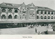 1935 - Railway Station, Townsville | Queensland Places Photographs, Louvre, Australia, Building, Places, Travel, Viajes, Photos, Buildings