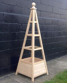 New Accoya Obelisk Planter