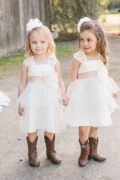 lovely lace cap sleeve a-line short tulle out door wedding flower girl dress