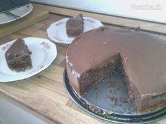 jednoduchá MILKA torta môže byť aj s touto polevou http://varecha.pravda.sk/recepty/cokoladova-poleva-ganache/15490-recept.html