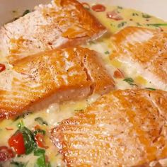 So easy and looks so good! Let's make this! DIY cream butter salmon