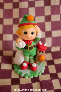 A trio of little elves ready for Christmas...NO instructions/tutorial, but nice photos