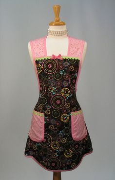 Love these style of aprons bright flashy but wide shoulder straps so they are still practical.