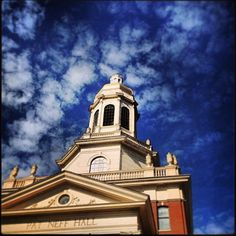 Blue skies make for an extra-beautiful #Baylor!