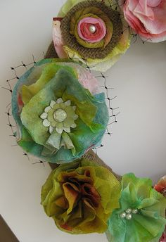 amazing paper towel flowers. I've made paper towels like this when watercoloring