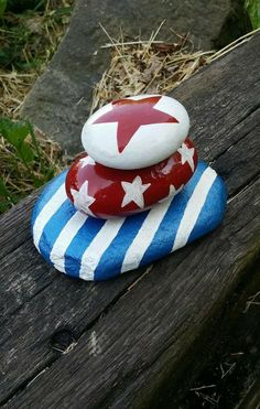 Red, White, and Blue Stacked Rock Sculpture/ Memorial of July/Stars and Stripes/Indoor-outdoor Decor by ARockForAllSeasons on Etsy Pebble Painting, Pebble Art, Stone Painting, Shell Painting, Stone Crafts, Rock Crafts, Arts And Crafts, Patriotic Crafts, July Crafts