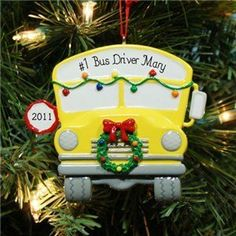 For Lois our bus driver! Don't know why I've never thought to give him a gift! He does get our children to school and back safely everyday! Bus Driver Appreciation, Teacher Appreciation Gifts, Teacher Gifts, Teacher Stuff, School Bus Crafts, School Gifts, Daycare Gifts, School Projects, School Ideas