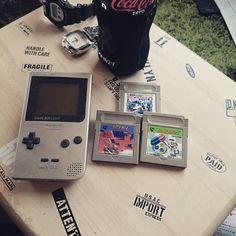 On instagram by gon_gon56 #gameboy #microhobbit (o) http://ift.tt/2ow3GeH light  #暗闇でも大丈夫 #テトリス #ドクターマリオ #ナムコクラシック #任天堂 #Nintendo #DSやプレステ4の時代ですがね