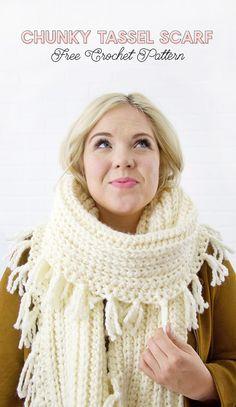 Chunky Tassel Crochet Scarf Pattern - free crochet pattern for a cute, chunky scarf