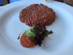 Tartar de boeuf - brasserie trois rois Steak, Food, Brewery, Eten, Steaks, Meals, Beef, Diet