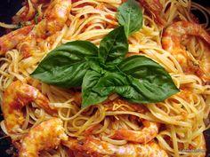 Γαριδομακαρονάδα για δύο!!! Appetisers, Special Recipes, Greek Recipes, Seafood, Spaghetti, Healthy Recipes, Healthy Food, Pasta, Restaurant