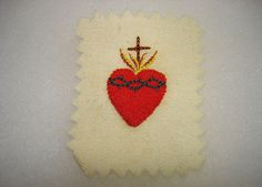 Old Hand Sewn & Embroidered Sacred Heart Reliquary Nun Estate 69$