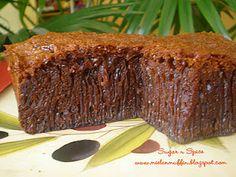 Sugar 'n' spice: Kek Gula Hangus / Kek Sarang Semut / Kek Sarang Lebah Sweet Recipes, Cake Recipes, Honeycomb Cake, Steamed Cake, Asian Desserts, Sugar And Spice, Cake Cookies, Caramel, Cake Decorating