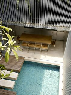 Ultra Chic Singapore Residence with Courtyard Mosaic Pool (14)