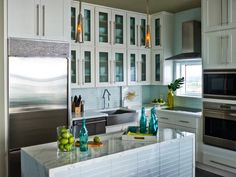 Modern Furniture: 2014 Colorful Kitchens Decorating Ideas