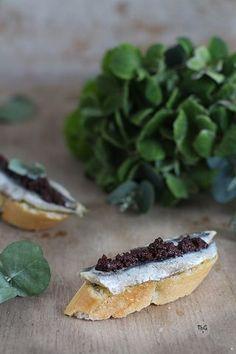 Cocina – Recetas y Consejos Love Food, A Food, Food And Drink, Kitchen Recipes, Cooking Recipes, Spanish Tapas, Spanish Food, Salty Foods, Tapas Bar
