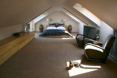 38 Tolle Und Behagliche Schlafzimmer Im Dachgeschoss  Praktische Ideen  Dachausbau Schlafzimmer, Treppe Dachboden,