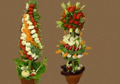Table centre pieces!    http://www.artisticcakesandcookies.com/images/slideshow/gifts/gifts-ss-5.jpg
