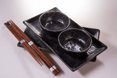 Another from our latest new sushi sets – in matt black colour with stylised flower design. Of course – packed all in black gift box, as usual 🖤 Do you like thin one? Black Gift Boxes, Black Box, Flower Patterns, Flower Designs, Sushi Plate, Sushi Set, Blue Dragonfly, Ceramic Materials, Food Pictures