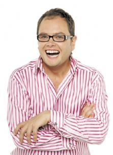 d5bdc2064de Alan Carr was born in Weymouth in 1976 and grew up mainly in Northampton.  He is the son of football manager Graham Carr. He won the BBC New Comedian  of.