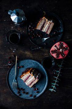 our food stories: glutenfree banana-pomegranate-caramel cake