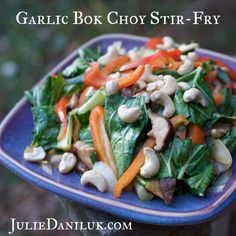The Health Benefits Of Eating Bok Choy Healthy Gourmet, Healthy Eating, Chinese Vegetable Stir Fry, Bok Choy Stir Fry, Vegetarian Recipes, Healthy Recipes, Healthy Foods, Free Recipes, Detox Recipes