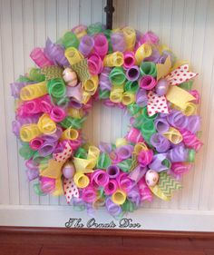 Easter wreath, deco mesh Easter wreath, Easter egg wreath, deco mesh curl wreath, deco mesh spring wreath, spring wreath, spiral wreath by TheOrnateDoor on Etsy
