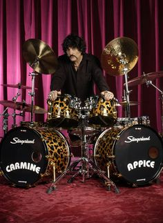 Drummerworld Page for Carmine Appice Carmine Appice, Drums Electric, Gretsch Drums, Ludwig Drums, 80s Hair Bands, How To Play Drums, Drummer Boy, Heavy Metal, Metal Fan