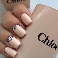 Cuties #nails #shellac #manicure #nagels #nagellack #design #lovely #style #diamonds #sparkle #girl #timeformanicure #schön #frischlackiert #zamaturitku #jako #spravna #dilinka #glitter #bright #muyguapo #muyelegante #eye #nude #peach #chloe