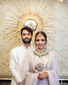 How elegant do this couple look in matching offwhite outfits! The offwhite lehenga with golden work on the dupatta borders and the goregous jadau jewellery with kundan and polkis looks perfect! (C) Israni Photography #wittyvows #indianwedding #indianbride #indiangroom #brideandgroom #offwhitelehenga #bridaloutfit #bridallehenga #bridaljewellery #indianweddinginspiration #weddingideas Indian Groom, Indian Wedding Photography, Bridal Outfits, Bridal Lehenga, Engagement Shoots, Wedding Trends, Vows, Weddingideas, Bridal Jewelry