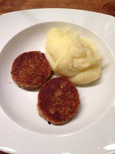 Polpette Bimby con zucchine e galbanino, da friggere o cuocere in forno. Semplici da fare e buone da mangiare, ecco come prepararle; ingredienti: 150 gr...
