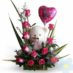 30 Pretty Roses Arrangements Valentines For Your Beloved People Valentine's Day Flower Arrangements, Rosen Arrangements, Pretty Roses, Beautiful Flowers, Flower Decorations, Valentine Decorations, Balloon Flowers, Valentines Flowers, Rose Wallpaper