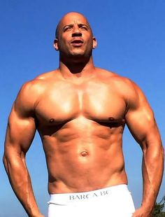 Pics & Info of the gorgeous Actor Vin Diesel. Run by a fan, not the real Vin Vin Diesel Shirtless, Shirtless Actors, Hottest Male Celebrities, Celebs, Diesel Fuel, Hommes Sexy, Action Movie Stars, Hot Actors, Cute Guys