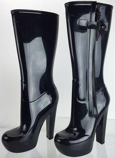 Open Toe High Heels, High Heel Boots, Heeled Boots, Shoe Boots, Rain Boots, Louis Vuitton High Heels, Christian Louboutin Sandals, Botas Sexy, Designer High Heels