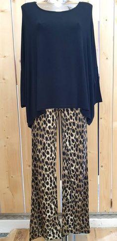 pantalon fluide imprimé girafe - CpourL Blouse, Pants, Fashion, Shirt Blouses, Trendy Outfits, Trouser Pants, Moda, Fashion Styles, Blouses