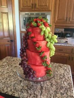 "Watermelon and grape fruit ""cake"" (party snacks fruit) Fruit Recipes, Cooking Recipes, Cake Recipes, Tajin Recipes, Cooking Tips, Dessert Recipes, Cute Food, Yummy Food, Tasty"