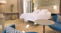 Oceania l'Hôtel de France Nantes Nantes Hotel De France is located in the centre of Nantes, a 2-minute walk from the Theatre Graslin, the Passage Pommeraye and Place Royale. The interior is designed in a contemporary style to complement the architecture of the 18th-century lobby.
